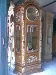 Furniture Jati Ukiran Jepara ( Almari Jam Hias Rahwana )