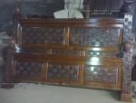 dipan,ranjang,tempat tidur minimalis kotak sasak kayu jati jepara
