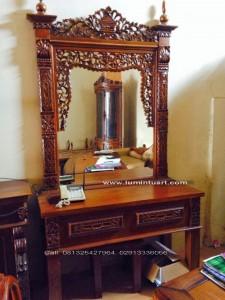 meja rias,tolet,cermin gebyok fuel ukiran kayu jati jepara