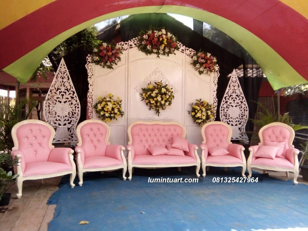 1 set kursi kayu jati ukiran jepara dekoarsi pengantin jepara
